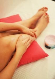 Espinillas en las piernas